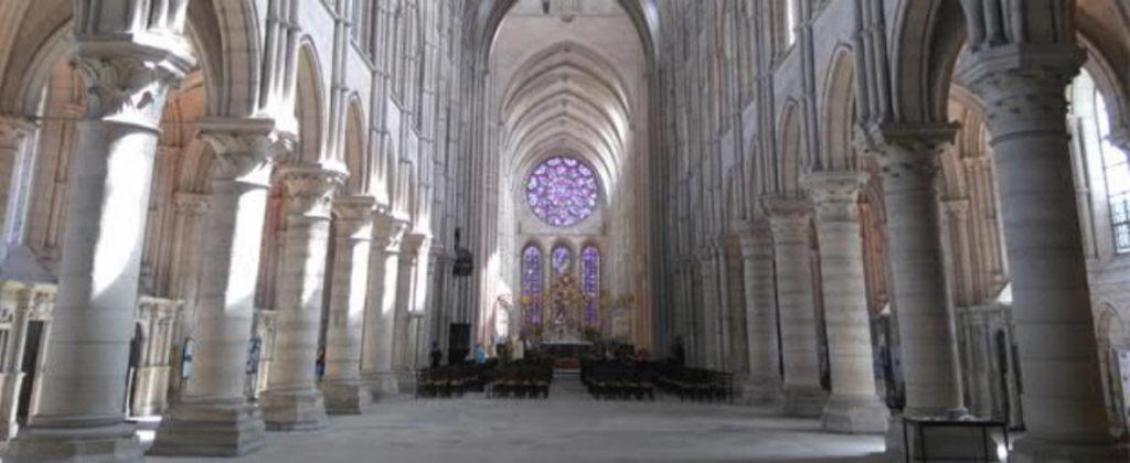 Laon-Kathedrale-Türme-Turm-Panorama-innen-Damals-Jetzt