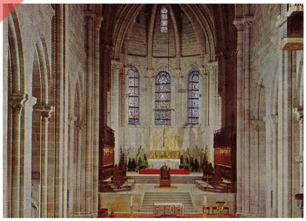 Bamberg-Dom-alte-Glasfenster-romanisch-Peterschor-Westen-Mittelalter-Panorama